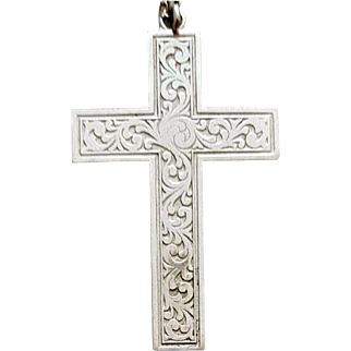 Large Sterling Silver Crucifix Elegantly Etched Easter Cross 11.7 Grams