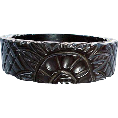 Fully Carved Black Bakelite Bangle Bracelet True Vintage Licorice Color