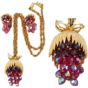 Cascading Chunky Burgundy Fuchsia and Pink Crystal Parure Necklace and Earrings