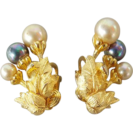 Luminescent Castlecliff Faux Pearl Earrings Vintage 1960s