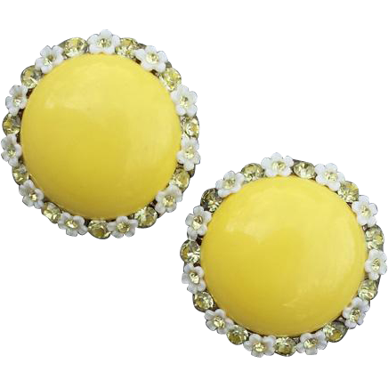 1960s Earrings Daisy set Jonquil Crystal Rhinestones Summer Sweet