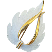 Elegant Vintage Brooch Swooping White on Gold Tone