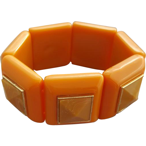 Superb Vintage Stretch Bracelet Caramel Lucite 3-D Centers Small Medium Large