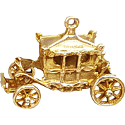 Royal Carriage Coach Charm Articulated 9K Gold 3.6 Grams