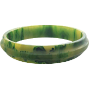 Unique Carved Vintage Bakelite Bangle Bracelet Shades of Green