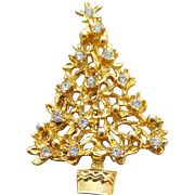 Christmas Tree Pin Crystal Rhinestones Sparkle in Gold Metal