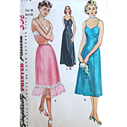 Simplicity 4470 Vintage Sewing Pattern One Piece Slip 2 lengths and Half Slip Bust 34