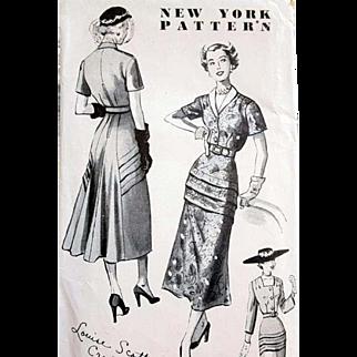 1940s New York Designer Vintage Sewing Pattern Stunning Dress Size Small