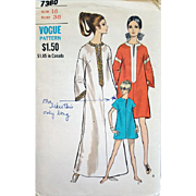 Vintage Vogue Sewing Pattern Dress Cover Up Caftan Size Large Bust 38