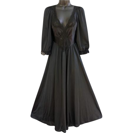 Modest Vintage Black Olga Nightgown with Sleeves Size Large