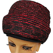 1960s Cloche Hat Dramatic Red and Black Vintage Chapeau