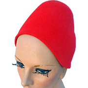 Vintage 1960s Red Cloche Style Felt Hat Turban Cap Medium