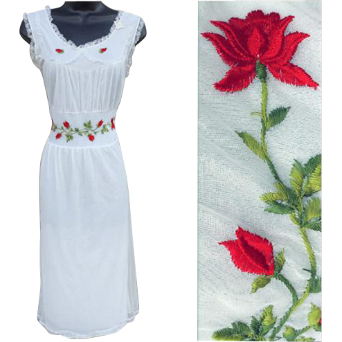 Vintage White  Nightgown Lavish Red Rose Embroidery Size Small Original Tags