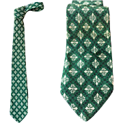 Vintage Men's Green Silk Necktie 1960s Neck Tie
