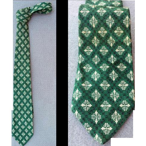 Vintage Men's Green Silk Necktie 1960s Neck Tie