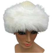Luscious Knit Hat Winter White Faux Fur Trim One Size Minty