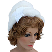 Vintage 1960s White Fur Hat Warm Winter Glamour Medium