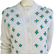 Vintage 1960s Sweater White With Blue Flowers Bust 36 Unworn / Deadstock