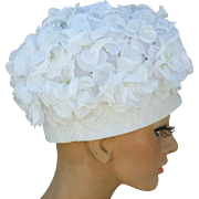 Gorgeous Vintage Hat White Silk Flowers 1960s Pillbox Style Medium