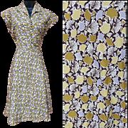 1950s Vintage Dress Ginkgo Leaf Print Dress size Medium