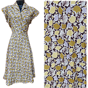 1950s Vintage Dress Ginkgo Leaf Print Dress size Medium