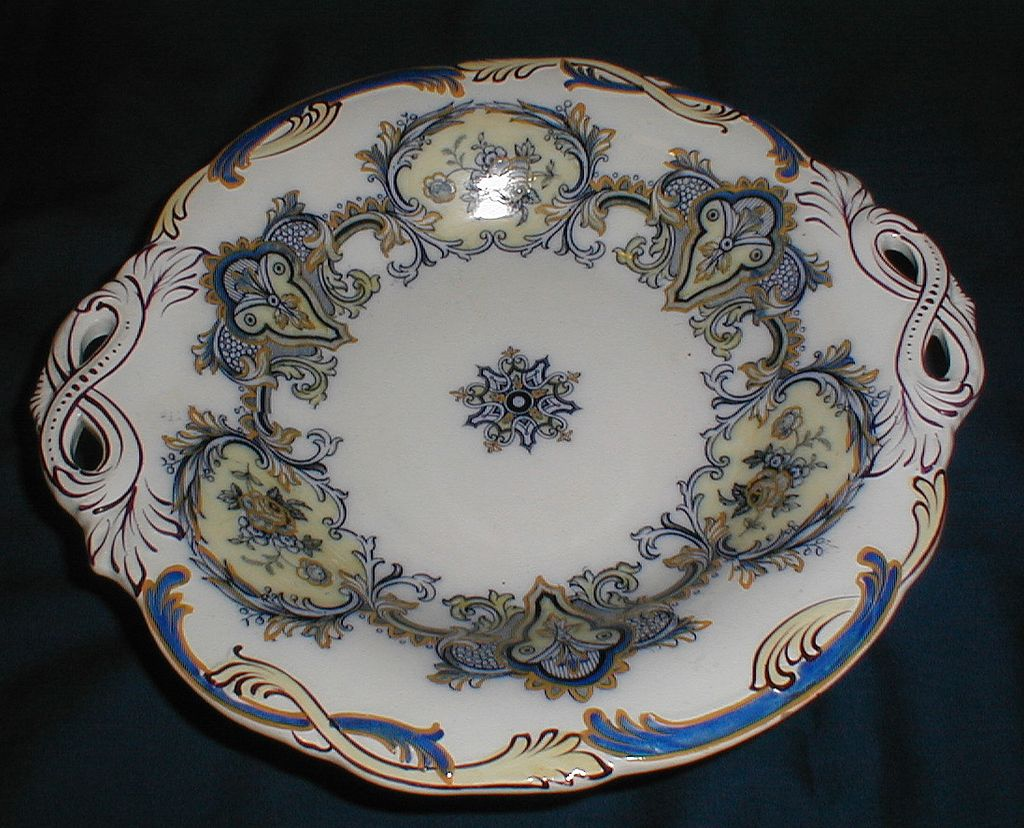 Lovely Early 19th Century Pedestal Cake Plate, English
