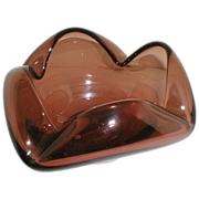 Lovely Large Art Glass Ash Tray, Mauve, Made in Burma