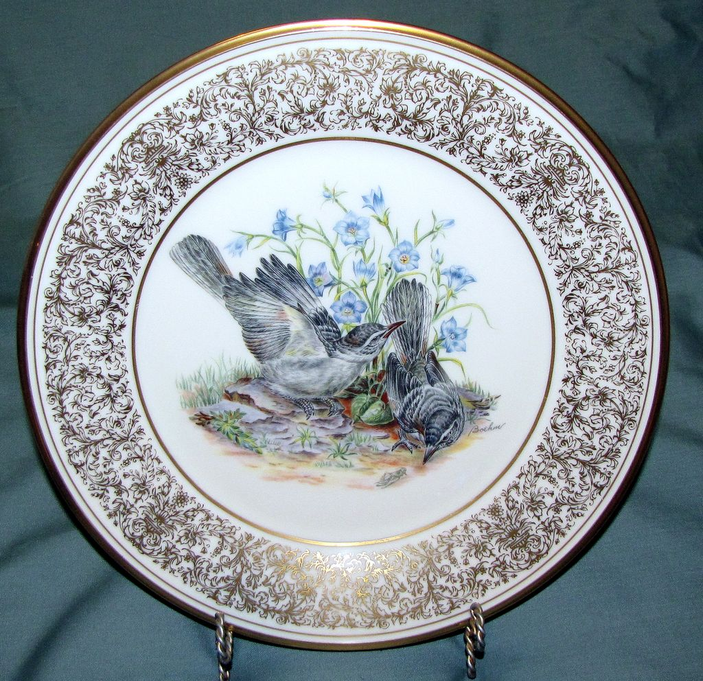 Lovely Lenox Boehm Dinner Plate, Mockingbirds 1978