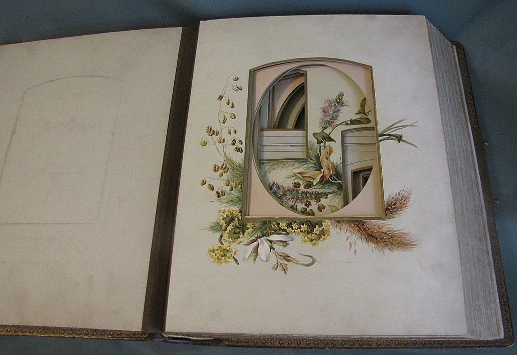 Lovely Leather Bound Victorian Photo Album, 7 Chromolithograph Pages