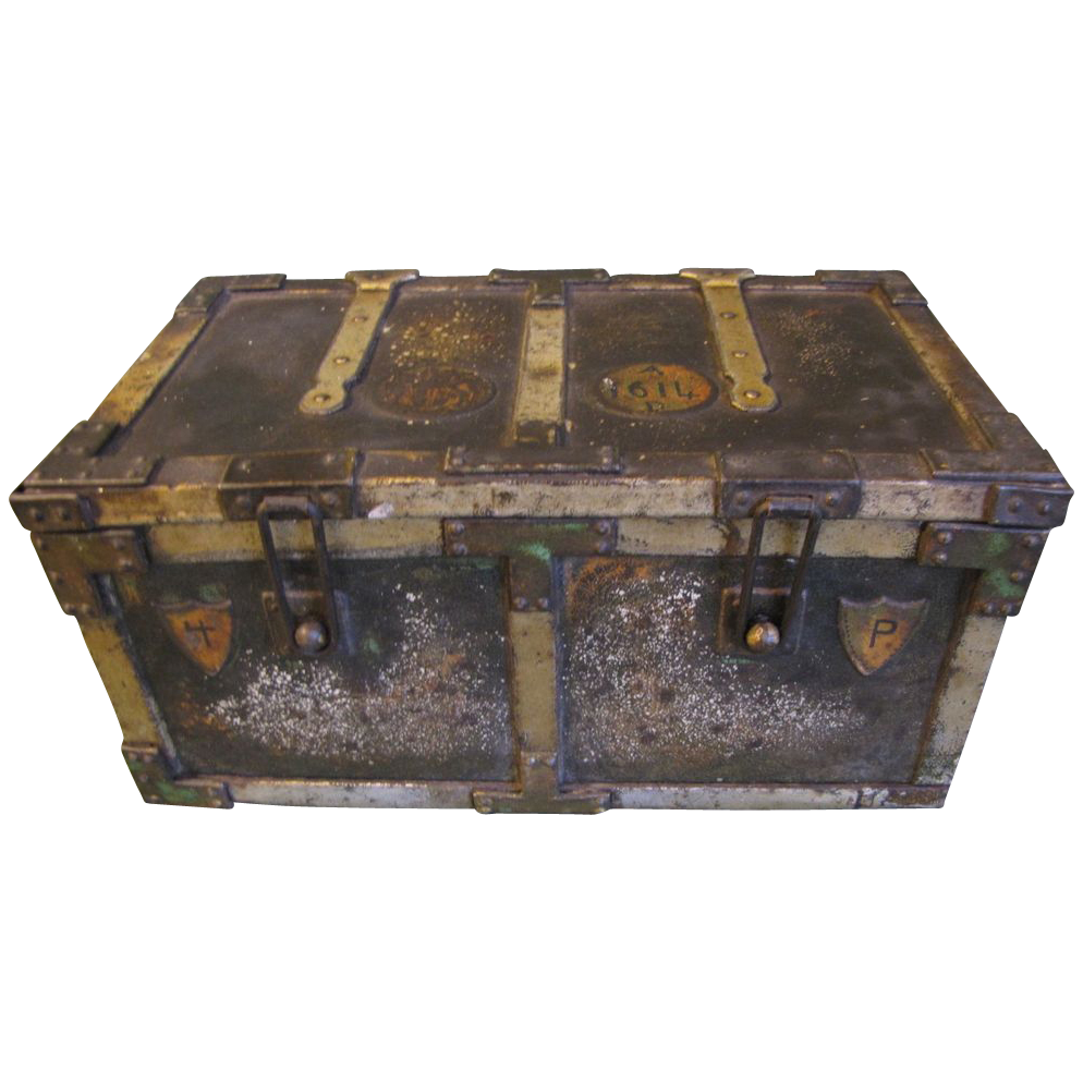 1907 British Biscuit Tin Huntley & Palmers IRON CHEST