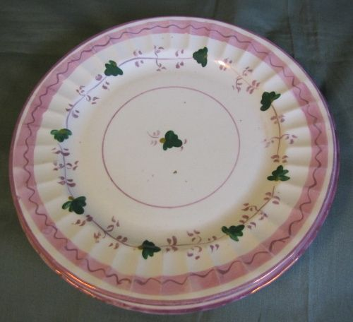 Lovely Set of 4 Pink Lustre Dessert Plates, 19th Century