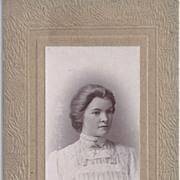Carte-de-Visite Photo of Beautiful Young Woman