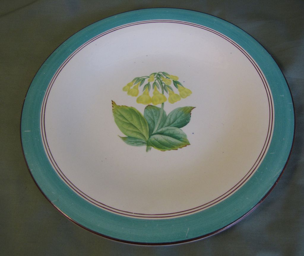Lovely Dessert Plate, Botanical, Yellow Trumpets