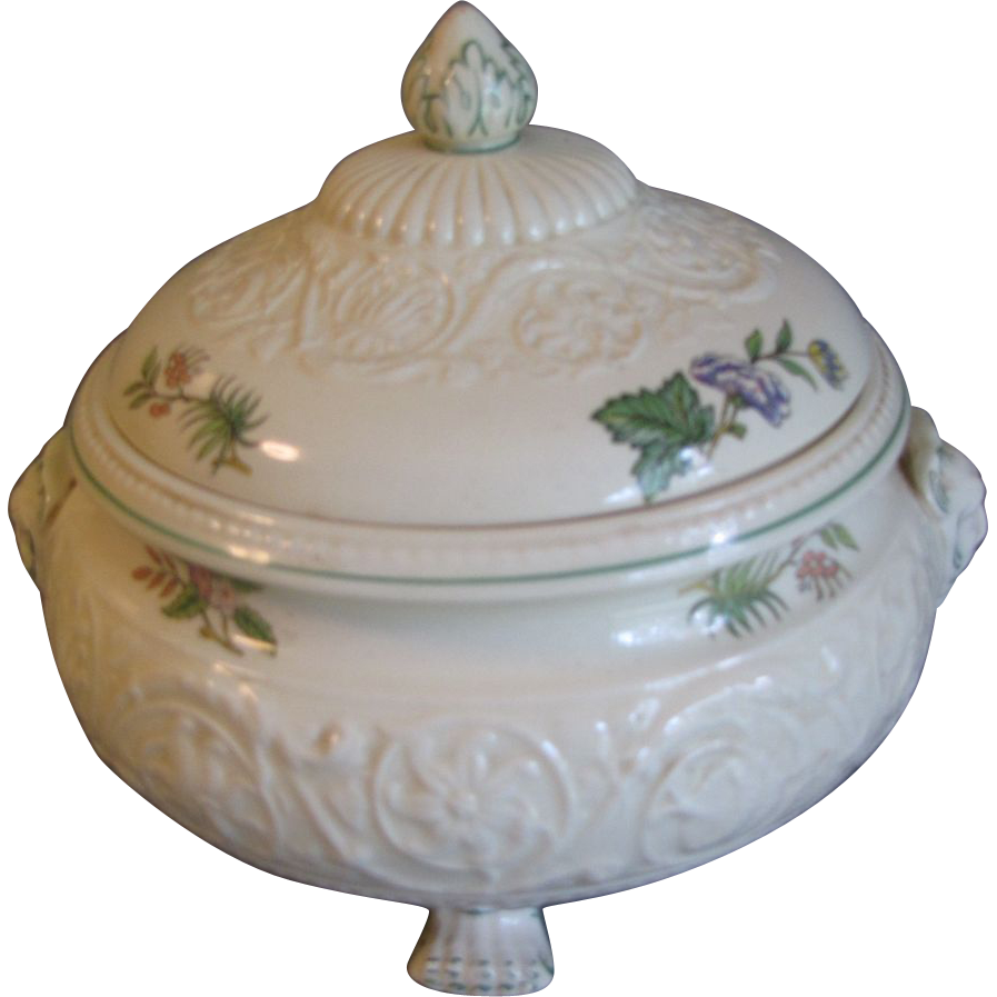 Vintage Wedgwood TAPESTRY Round Covered Vegetable