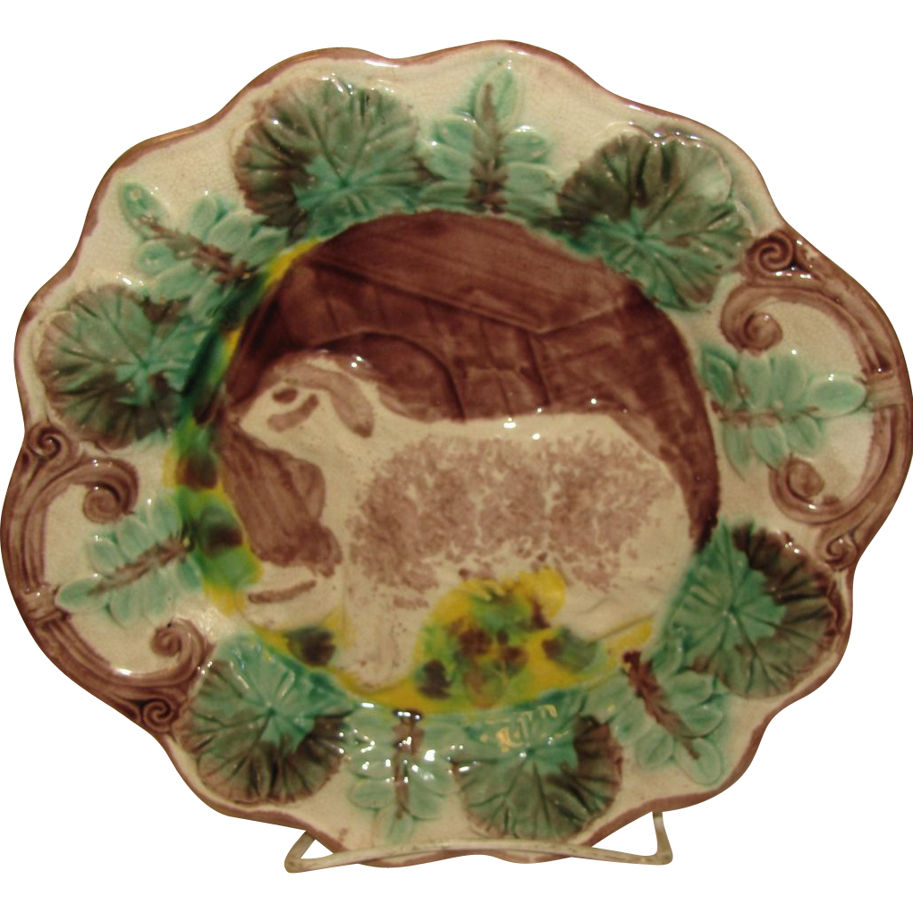 Large Scalloped Majolica Plate Dog with House