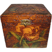 Lovely Pyrography Collar Box, Tulips & Dutch Couple