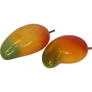 Vintage Carved and Polished Alabaster Piece of Fruit, Mango, Mexican