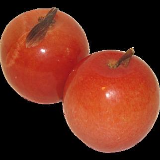 Vintage Carved Polished Piece of Mexican Alabaster Fruit, Apple