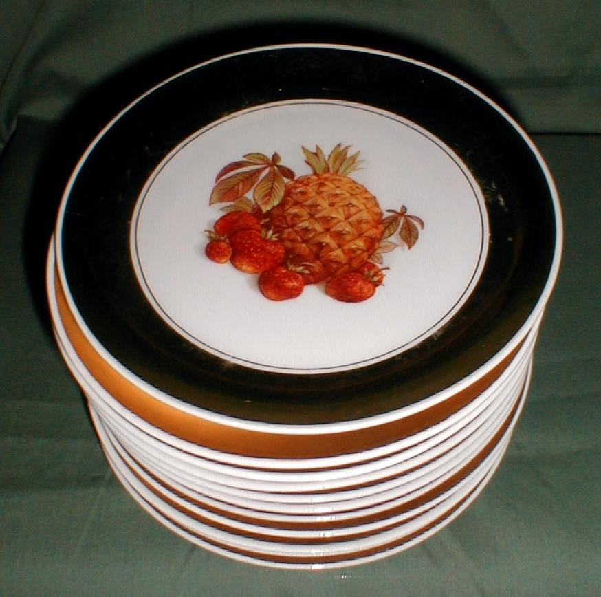 Lovely Gold Luster Border Fruit Plate (6 Available) Bondware