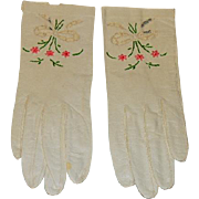 Capretto Lavabile Vintage Kid Leather Gloves with Embroidery and Window Pane Cutouts