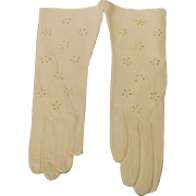 Vintage Lavabile Kid Leather Gloves with Window Pane Flower Cutouts