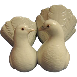 Vintage Lladro Dove Couple #1169 Retired