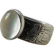 Vintage Sterling Silver Art Nouveau Style Moonstone Ring