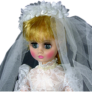 Madame Alexander Bride Elise 17 Inch 1685 Tags Original Box