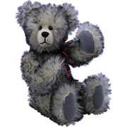 Artist Bear 1993 9-inch Tipped Mohair Glass Eyes