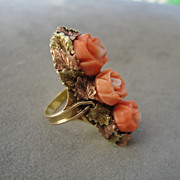 Beautiful Victorian Three Roses Ring 14K Yellow Rose Gold Carved Coral Past Present Future