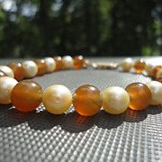 Vintage Unsigned Ming's Carnelian Cultured Pearls Bracelet 14K Fold Clasp