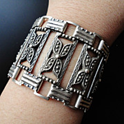 Art Deco Vintage Sterling Silver Repousse Bracelet 83.1 Grams