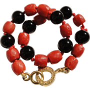 18K Yellow Gold Mediterranean Faceted Coral Onyx Bead Bracelet