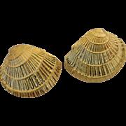 Quality Designer 14K Yellow Gold Seashell Earrings Studs
